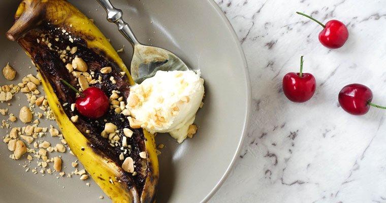 BBQ Banana Split – Your Ultimate Quick & Healthy Summer Dessert
