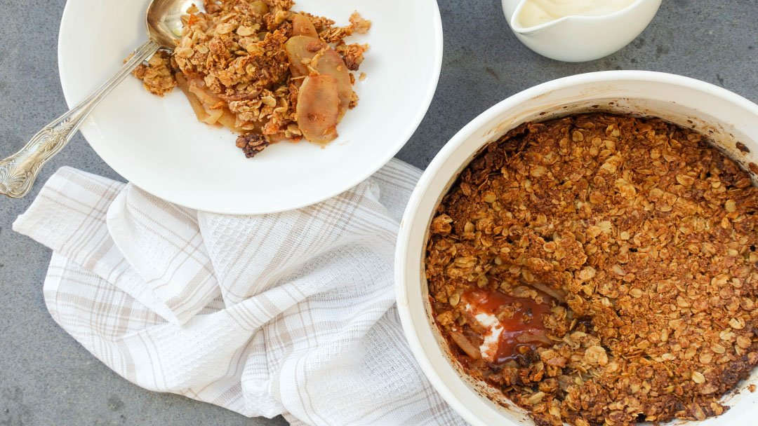 Healthy Apple Crumble - You Totally Got This - Quick & Easy Recipe