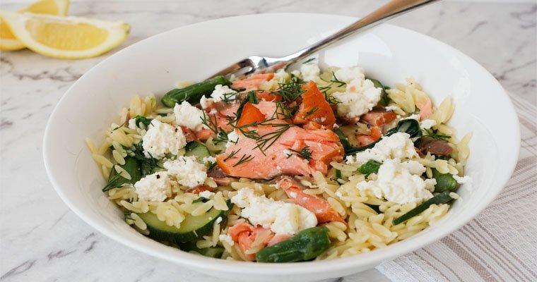 Risoni with Smoked Salmon, Ricotta & Garden Veggies – Super Tasty!