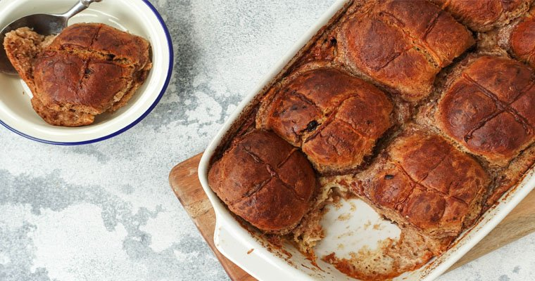 Super Delicious Hot Cross Bun Pudding with Low Sugar Custard
