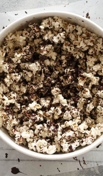 Salted Dark Chocolate Popcorn – Super Easy & Totally Addictive