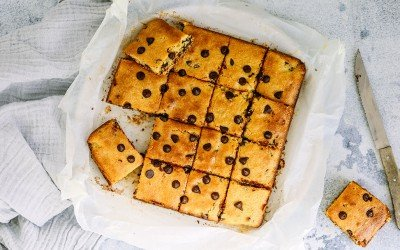 Crazy Yum, Low Sugar Chocolate Chip Blondies Recipe